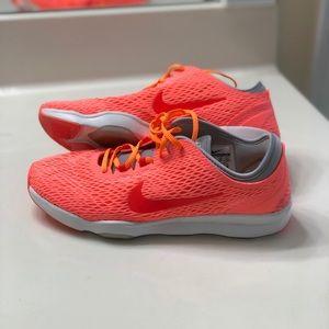Nike training shoe, Make an offer